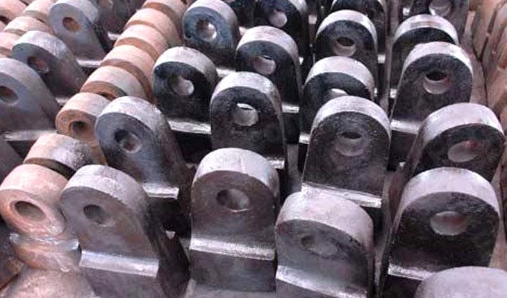 High chromium hammer head